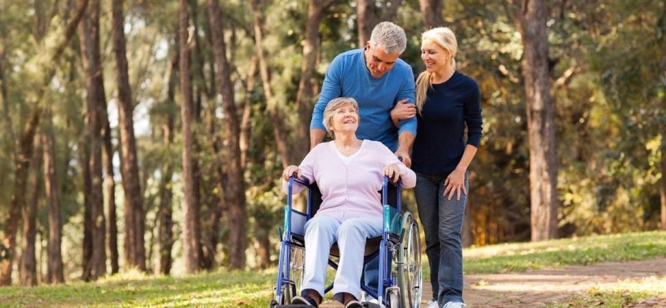 Servicio de acompañamiento al adulto mayor